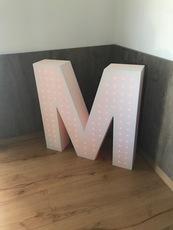 MENUISERIE MATZ FRERES - LE MUY - LETTRE EN RESINE + LED - DECORATION - MATZ DESIGN -